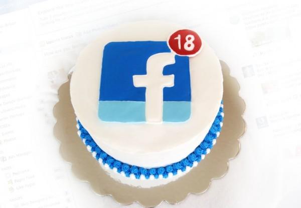 Facebookovih dugih 9 godina!