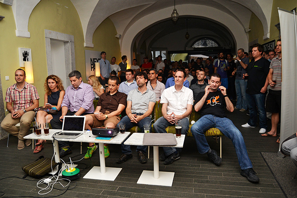 Žiri pomno sluša startupe koji su se predstavljali: eBeat, Lumu, Confidly, Magazinius i (Fotografija: Marina Filipović Marinshe)