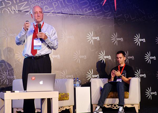 Dr. Eli Opper i Vladimir Vulić.