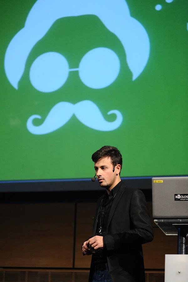 """Igor Vuksanović objasnio je kako """"cloud"""" smanjuje vrijeme obrade financijskih podataka."""