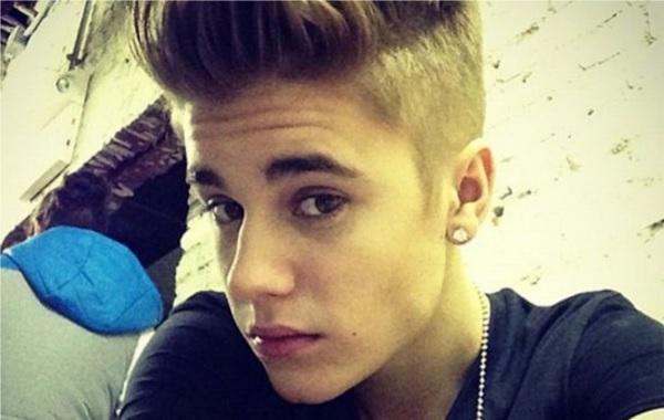 Neokrunjeni kralj 'selfiea' Justin Bieber, nedavno je pokrenuo startup koji se temelji upravo na takvim fotografijama - Shots of Me.