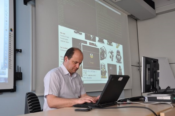 Utz otvorene tehnologje često se vežu neutemeljene predrasude, objašnjava Ivan Guštin