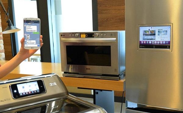 Za sada su u ponudi brbljava pećnica, hladnjak i perilica. (Slika: LG)