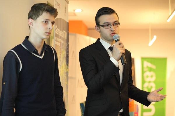 Light Docs, pobjednički projekt, platforma je koja, u suradnji s pravnicima, rješava problem komplicirane papirologije u Bosni i Hercegovini. (Slike: Foto Vanja Čerimagić)