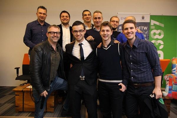 Slika koja bi mogla simbolizirati nastanak sarajevskog startup ekosustava - mladi budući poduzetnici s predstavnici
