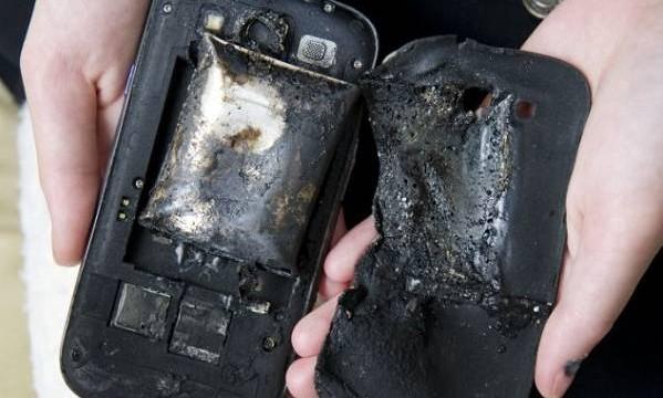Spontano zapaljenje pametnih telefona – riskirate li život svaki put kad spavate?