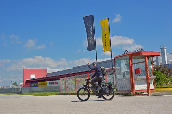 Hrvoje je prije nekoliko sati krenuo na put veći od 5000 kilometara. Prva postaja - Alpe!