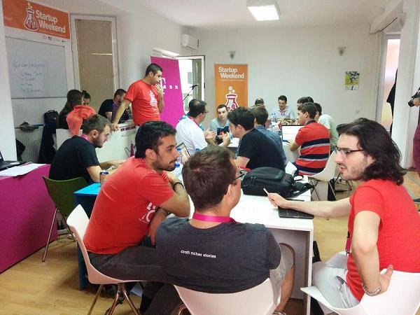 Tijekom  subote i nedjelje timovi su intenzivno radili s mentorima