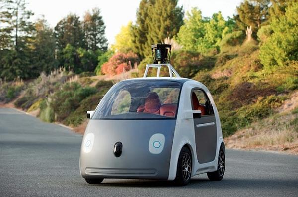Googleov autonomni automobil. Izvor: caranddriver.com