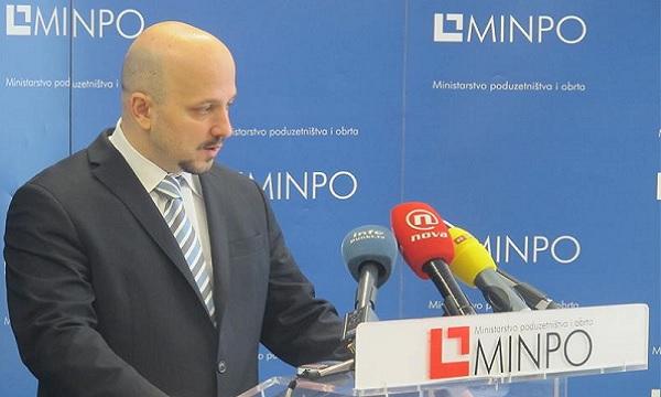 Ministar Maras otvorio je raspravu.