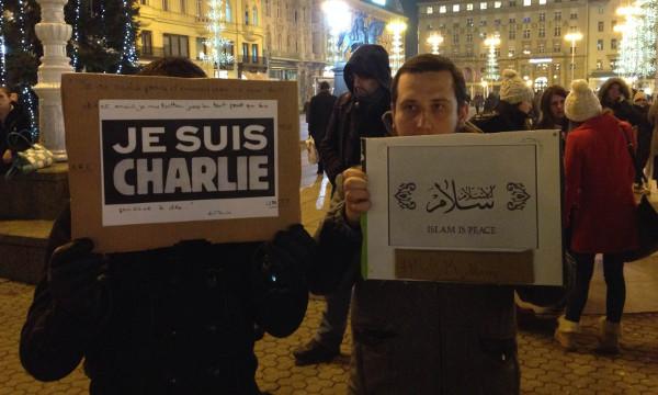 Marš solidarnosti organiziran krenuo je jučer od Trga bana Jelačića do Francuske ambasade (autor slike: Hermes Arriaga)