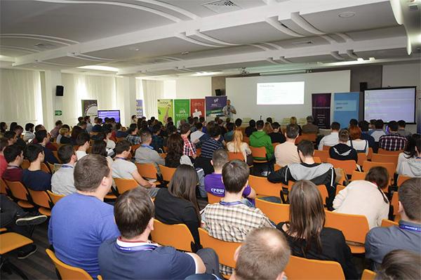 Unatrag dve godine, Webiz konferencija okuplja veliki broj posetilaca širom Srbije (Foto: promo)