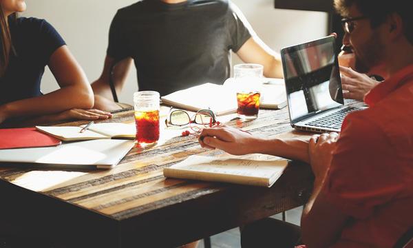 Što se događa na prvom sastanku s investitorom?