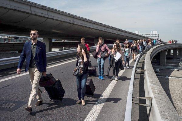 Hoće li i turisti koji ulaze u Hrvatsku morati pješačiti zbog prosvjeda taksista?