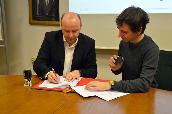 Na potpisivanju ugovora s Fakultetom organizacije i informatike.