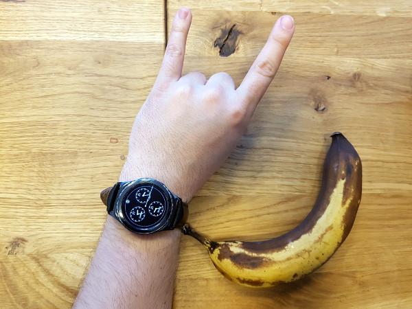 Banana for scale. Da, banana je vidjela boljih dana.