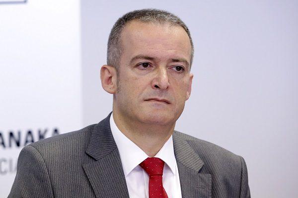 Milan Parat, predsjednik Odbora za sigurnost HUB-a, naglasio je da je edukacija korisnika od presudne važnosti za sigurnost na internetu.