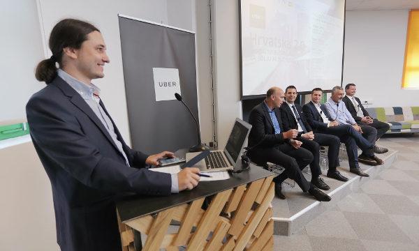 Nakon panela rezerviranog za političke predstavnike, na pozornicu su došli predstavnici poduzetničko-tehnološkog sektora (slike: Tomislav Miletić/PIXSELL)