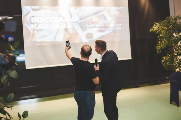 Prvi događaj Digitalna karijera organiziran je u Osijeku, u suradnji s tvrtkom BambooLab te tamošnjim Ekonomskim fakultetom, Osijek Software Cityjem te udrugom Bookmark. (Slika: Udruga Bookmark/Ivan Ripić Photography)