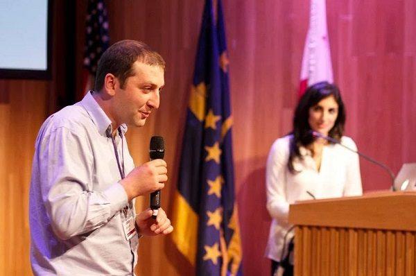 Khachik je financiranje projekta dobio zahvaljujući pitchu na Sveučilištu Berkeley.
