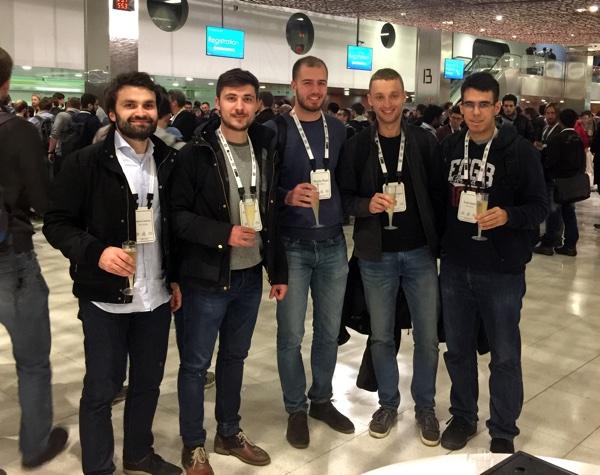 Microblinkov i Photomathov tim na konferenciji