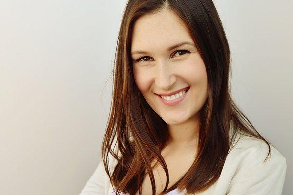 Eva Bošković je lifestyle vlogerica, na društvenim mrežama poznatama pod imenom Eva Bosh.