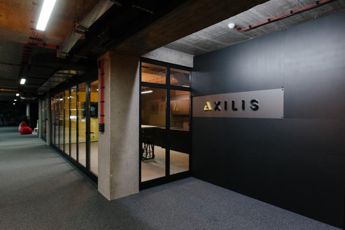 axilis-21