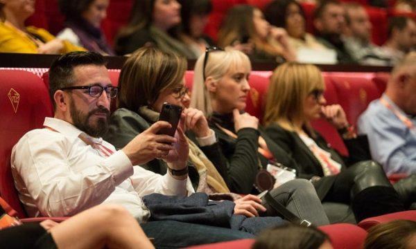 U Hrvatskoj mnogi brendovi i oglašivači još nisu svjesni trendova koji dolaze i do hrvatskih tinejdžera.