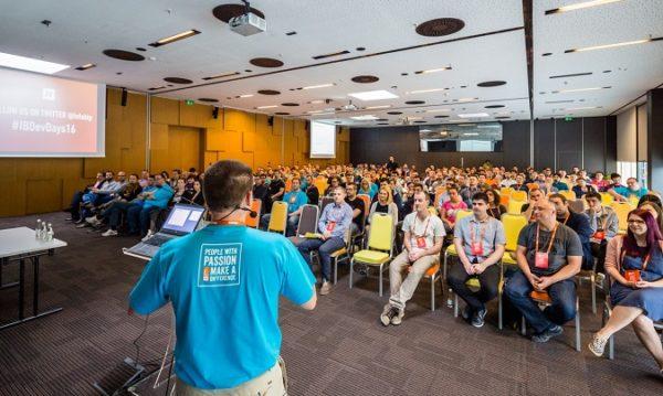 Prošle je godine konferencija okupila oko 300 programera.