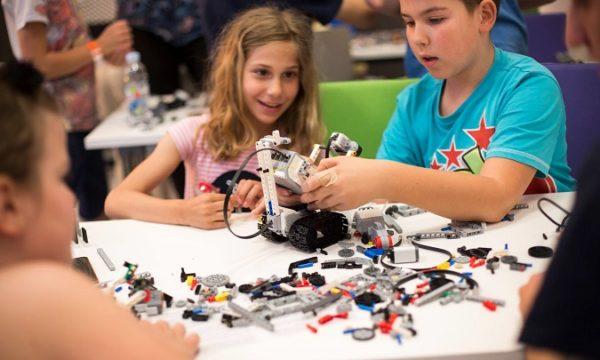 Dječje radionice uvode i one najmlađe u svijet robotike i elekronike.